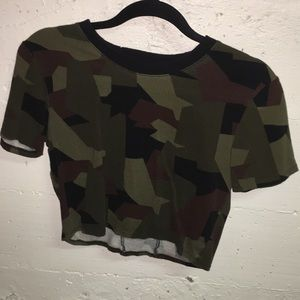 KENDALL&KYLIE Cropped Camo
